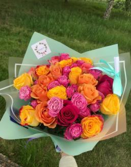Bouquet from florist | Roses to mother,to fiancee flowers