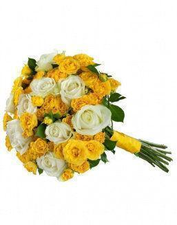 Mix bouquet of 25 white/yellow spray roses | Roses to mother,to colleague flowers
